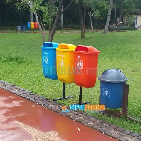Tempat sampah gandeng 3 in 1 volume 50 liter